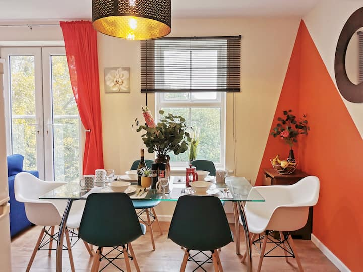 ★Fivehill Apartment★ Home Away From Home/En-suite