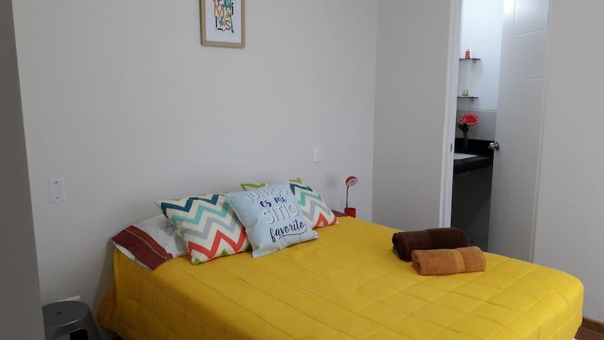 Habitacion con Baño Privado - Lima - Pueblo Libre