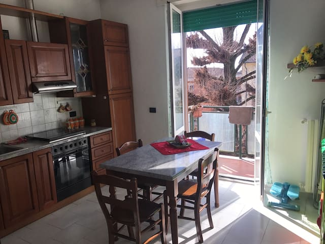 DOUBLE ROOM-40MINS CENTRAL STATION - Pieve Emanuele - Daire