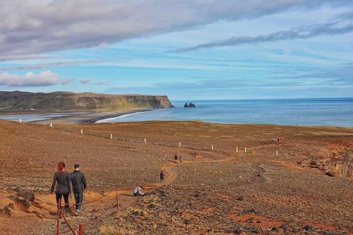 Islanda îşi face o nouă Constituţie... prin intermediul reţelelor de socializare