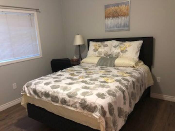 Cozy Restful Corner Suite #1