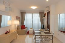 2 Bedroom Serviced Apartment near Queenstown MRT