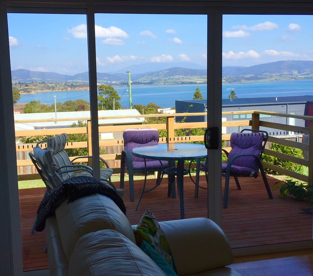 Gorgeous expansive sea views from the lounge and deck.