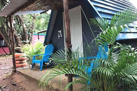Tipi Hostel  Playa Venao  Dorm 2