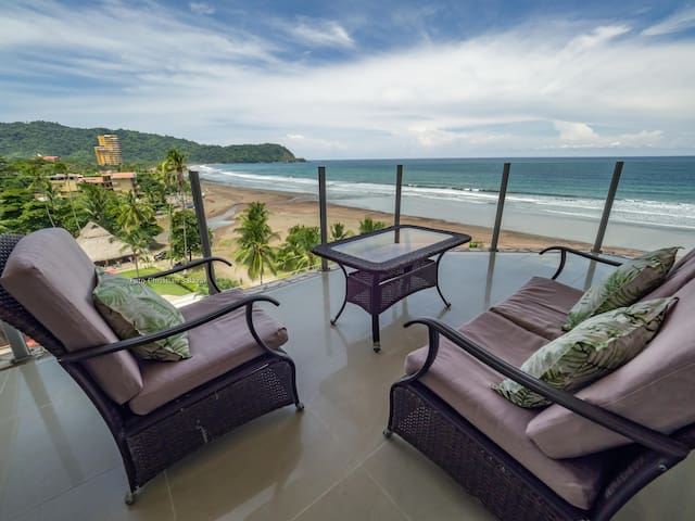 Absolute Oceanfront Luxury Penthouse 4 bdrs 702N