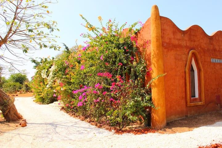 Chambre en bord de lagune  (Lodge Dalaal Diam)