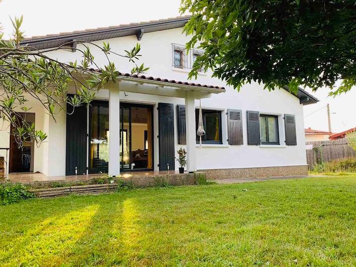 La maison du Bonheur - Anglet Montbrun