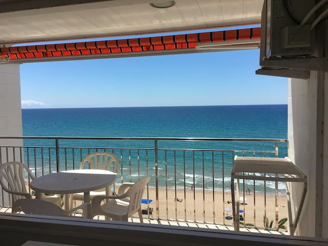 FABULOUS SEA VIEW APARTAMENT WITH SWIMMINGPOOL.... - Calafell