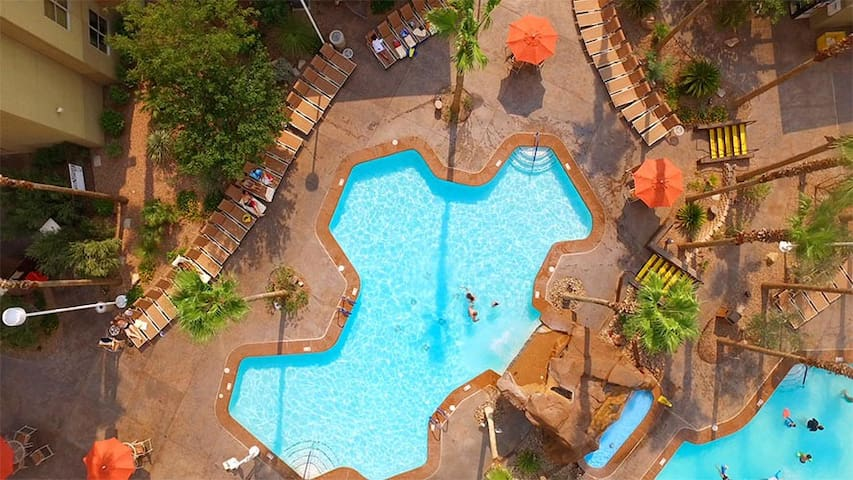 Family Friendly Furnished One Bedroom Resort Condo