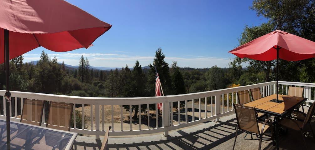 Mtn Home with Extraordinary Views - Mariposa - Hus
