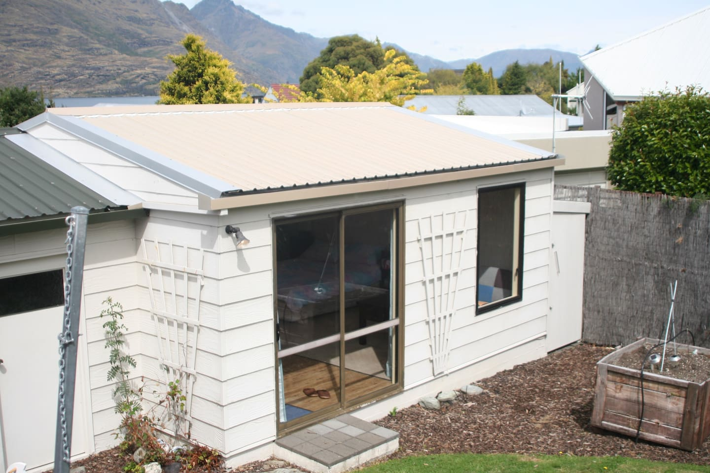 Self contained unit with own private access.