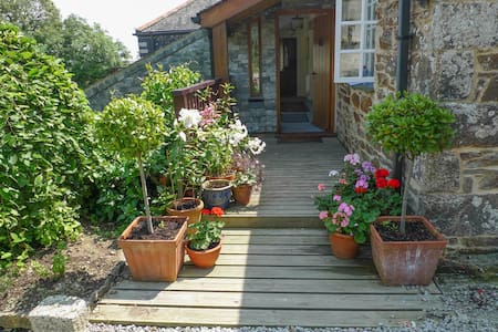 Orchard House, Degibna Lane,Helston - Bed & Breakfast