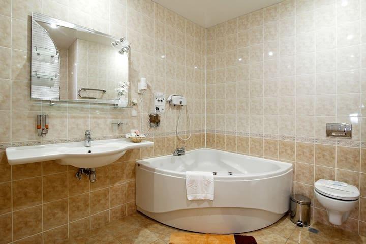 Все в одном месте, жилье, отдых, развлечения - Belgorod - Apartamento