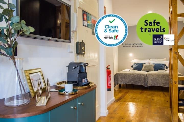Clean&Safe Studio na Ajuda c/AC Fresco&Arejado