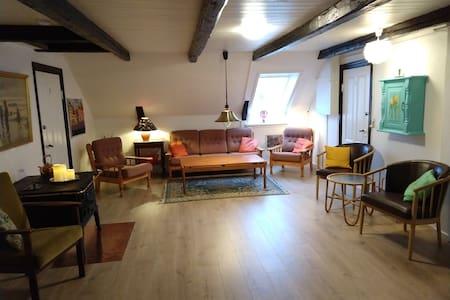 SKØRPING-Yvonne's Gæsteværelser - vær. 1