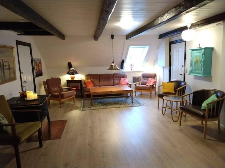 SKØRPING-Yvonne's Gæsteværelser - vær. 3