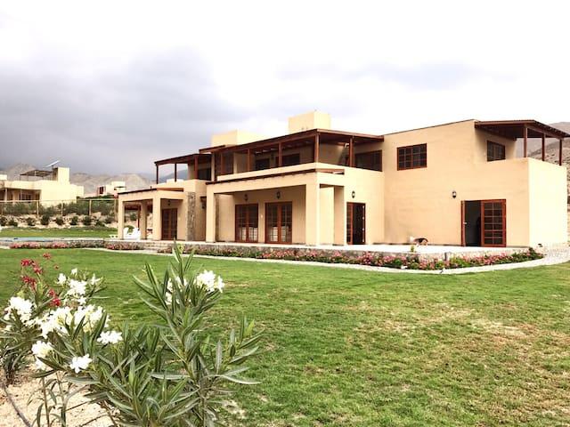 Casa para 28 personas en Cieneguilla Holiday Home