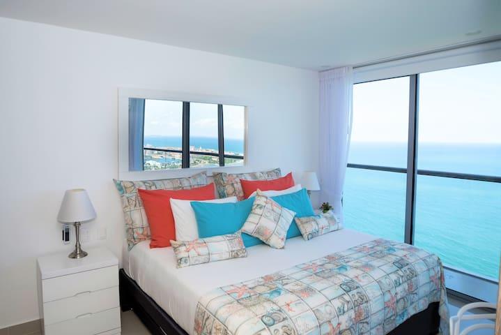 36th Floor Spectacular 1 Bedroom Apt in Bocagrande