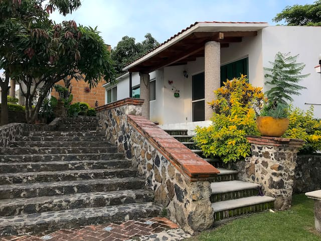 Amazing Vacation House in Oaxtepec