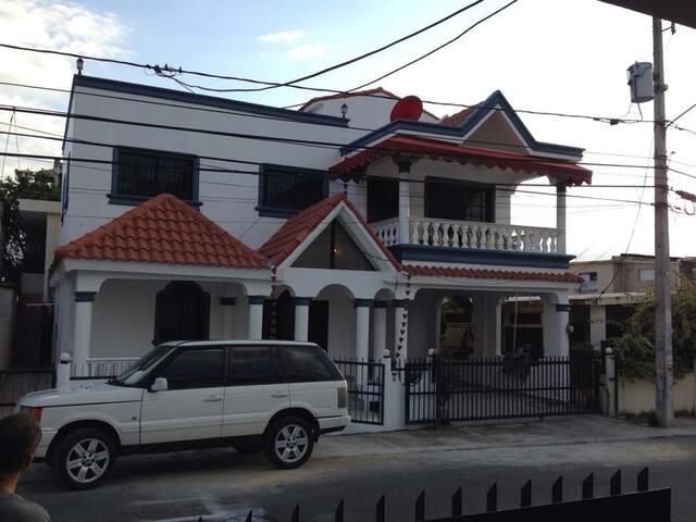 Spacious home in Santiago DR