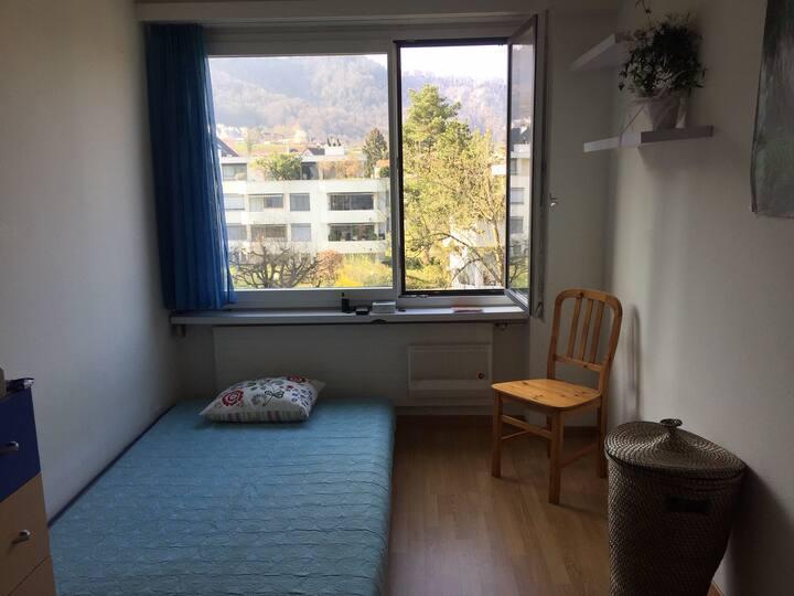 Privatzimmer in Grünzone,20 min vom HB Zürich