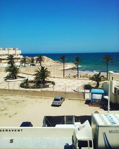 Apartamento primera linea de playa - cullera - Byt
