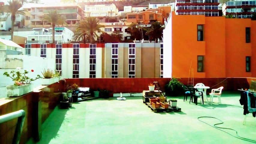 Lovely room - huge rooftop terrace - Las Palmas, Gran Canaria - Talo