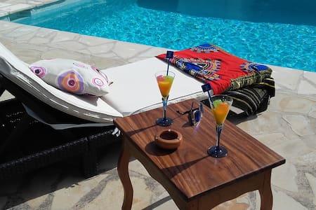 Lovely single room in finca close to Eivissa - Puig d'en Valls - Villa