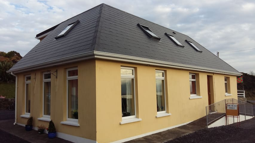 Minaun View - the Loft Achill Lodge - Castlebar - Bed & Breakfast