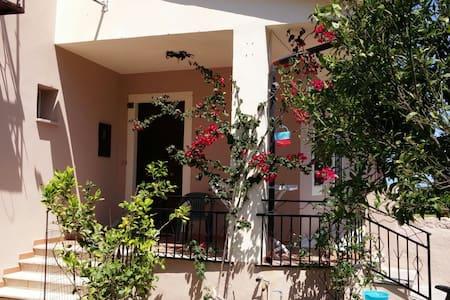 Paese termale, appartamento di 90 mq. - Santa Maria Coghinas