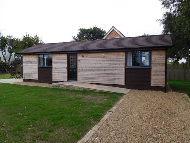 Entick Farm Lodge, Dunswell