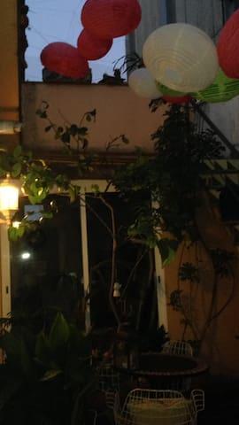 Casa de una planta con encanto, cerca  zona SEAT