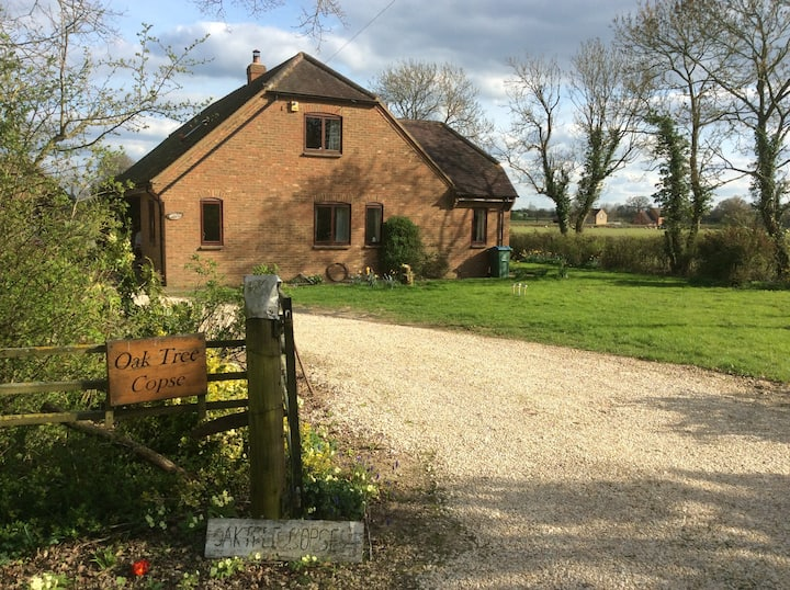 Single large en-suite countryside 7Oxford3Stanton