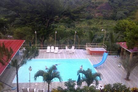 Mountain Paradise Estate - Piedra Blanca