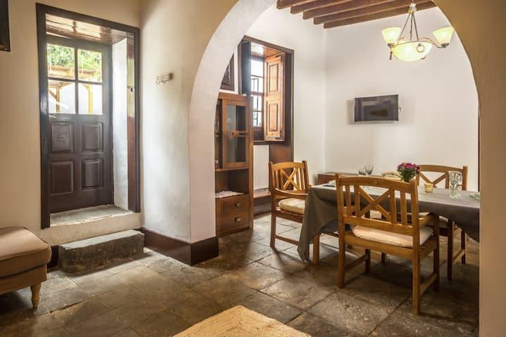 """Casa Rural Arona/ Family room """"PINO"""""""