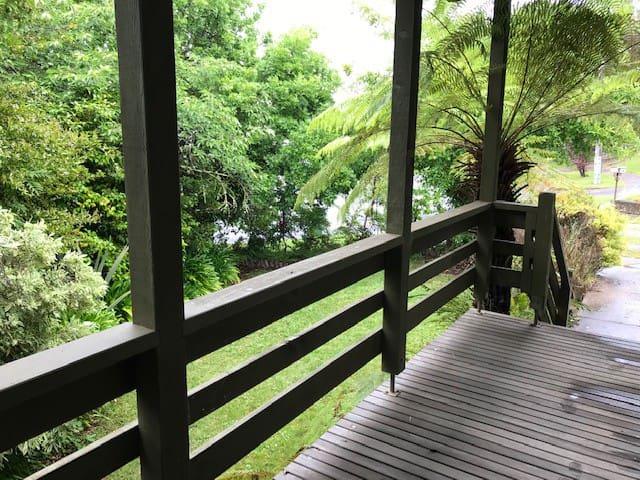 Mountain View Retreat  Lake Eildon Holiday Rentals