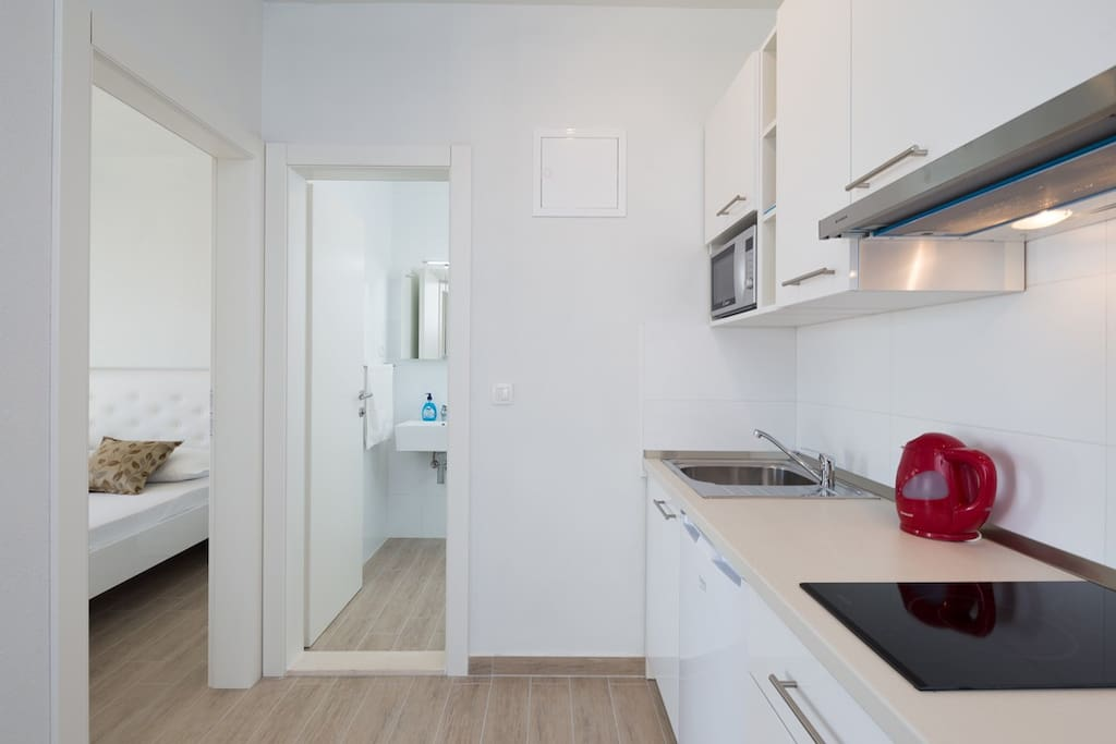 Apartment 1 Fully equipped kitchen with full cooking facilities.