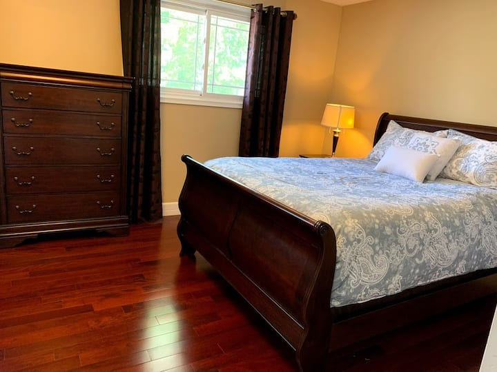 Large Beautiful Master Bedroom