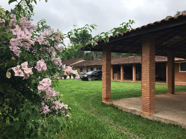 Sítio em Embu-Guaçu - Não temos piscina