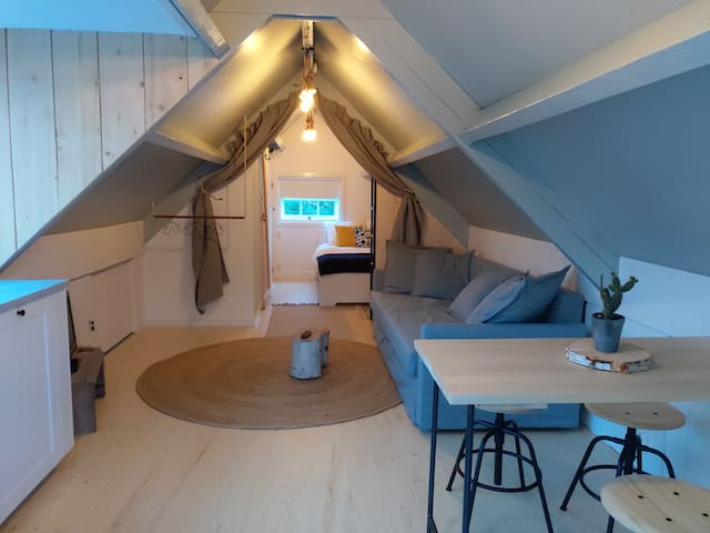 Charming studio near Amsterdam and Utrecht