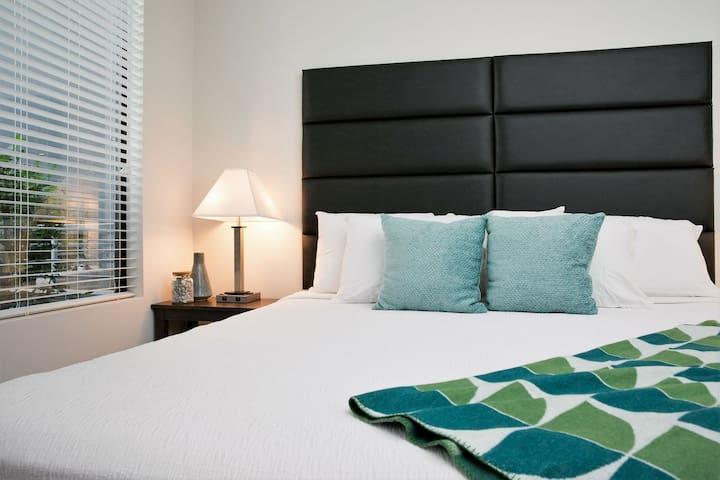 Beautiful Stay Alfred on Rio Salado Parkway
