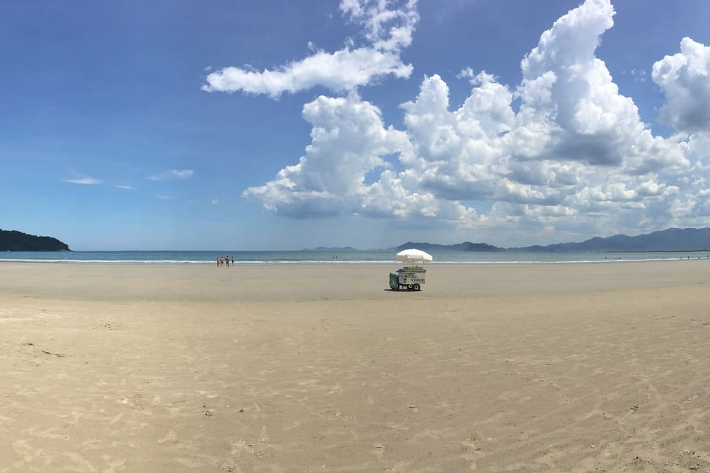 Panorâmica Praia do Indaiá