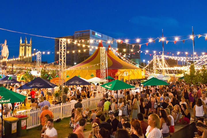 Close access to all the great Adelaide Festivals