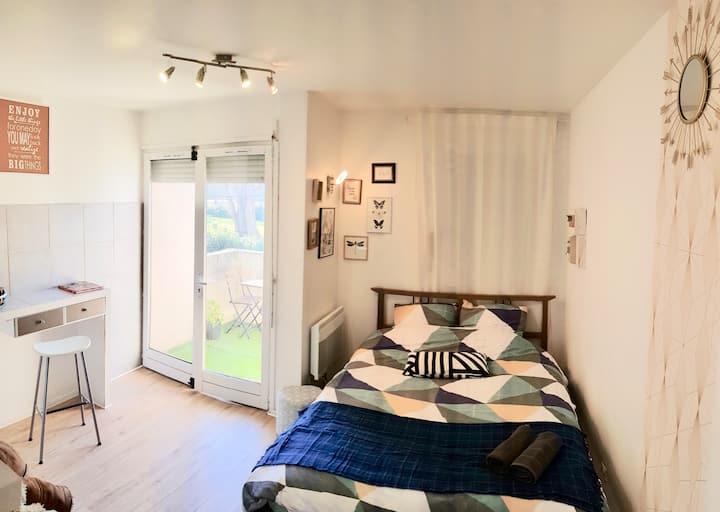 Studio confortable en face de la Garonne