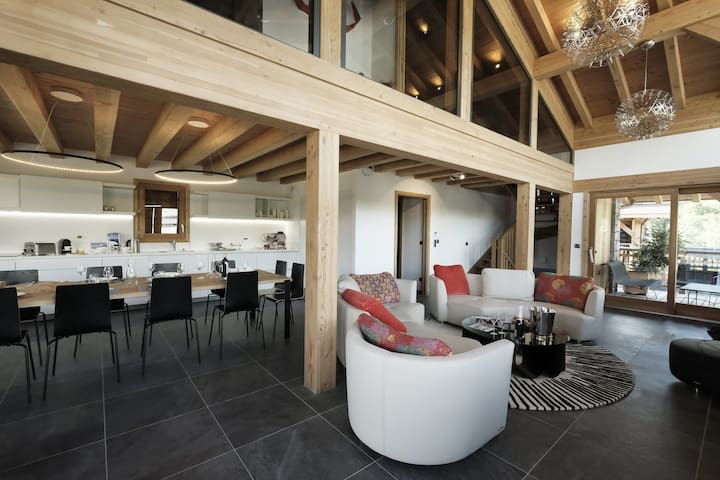 Luxurious chalet in new real estate program