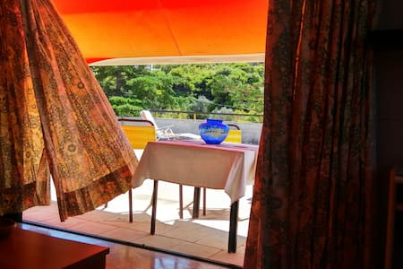 Relaxing seaview Studio with private terrace - Saronida