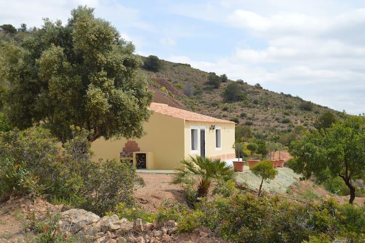 Refugio de montaña. Parque natural - Murcia - Huis