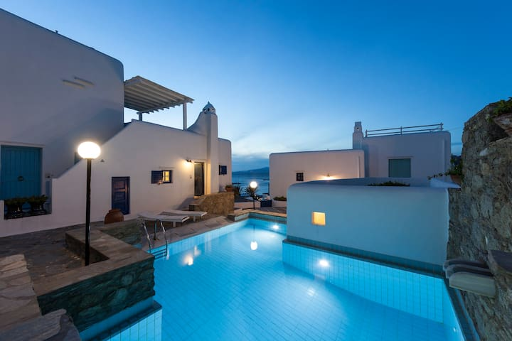 Mykonos Town House - 2 BR, Pool & Parking