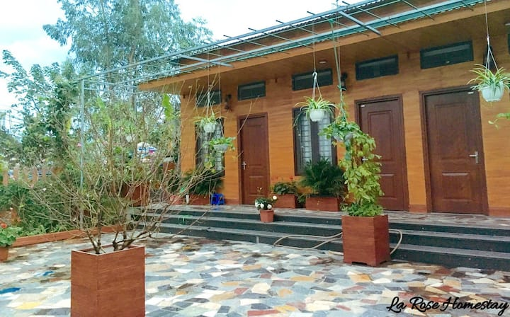 La Rose - The peaceful homestay with roses garden