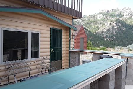 5☆ Custom Pine Cabin Hualapai Mountain Kingman AZ